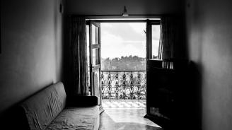 Наематели унищожиха апартаментите си за година