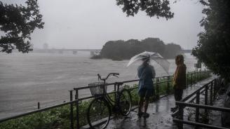 Мощният тайфун Хагибис достигна бреговете на Япония и се движи към Токио