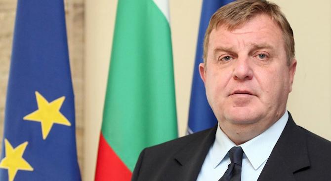 Министърът на отбраната Красимир Каракачанов ще участва в церемонията по