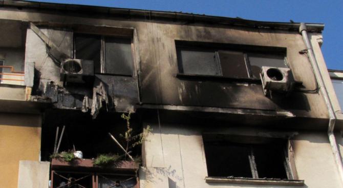 44-годишен мъж е с опасност за живота след пожар в