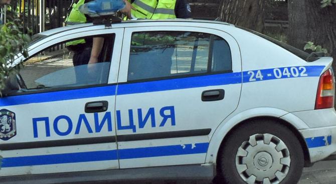 Двама 22-годишни били задържани в полицейското управление в Шумен след