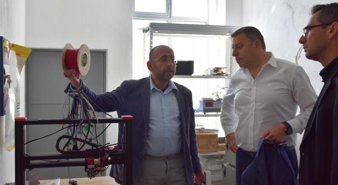 Атанас Камбитов: Ще обособим Академия за профилиране на специалисти в областта на машиностроенето в Благоевград