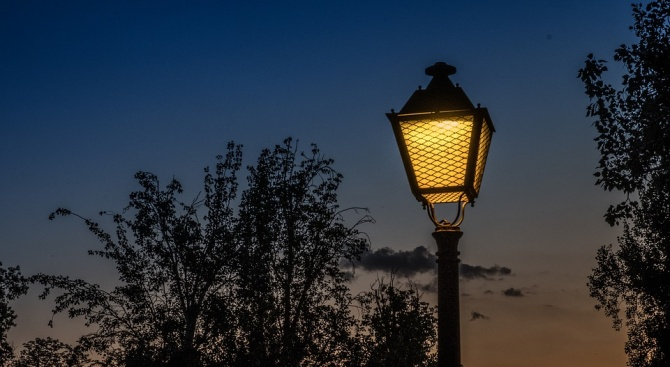 Започна цялостна подмяна на уличното осветление в Димитровград