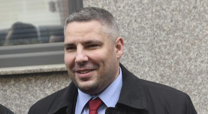 Водачът на листата за общински съветници на Демократична България беше