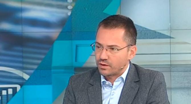 Ангел Джамбазки: На стадионите виждаме криви мутри, които продават наркотици