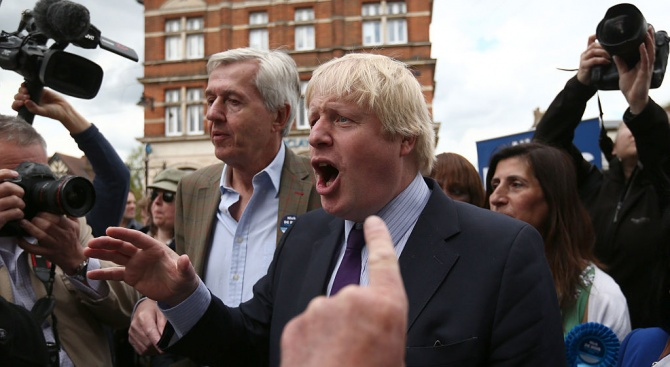 Британският премиер Борис Джонсън осъди остро расистките прояви на българските