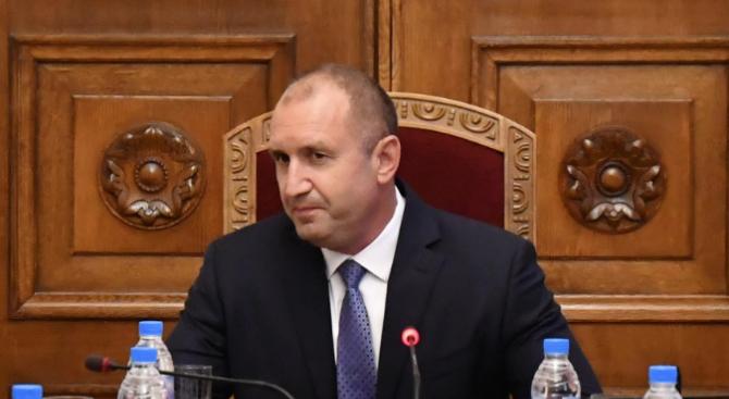 Президентът Румен Радев заяви днес, че не приема държавна намеса