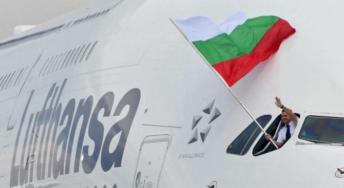 В Деня на българската авиация и Военновъздушните сили се навършват