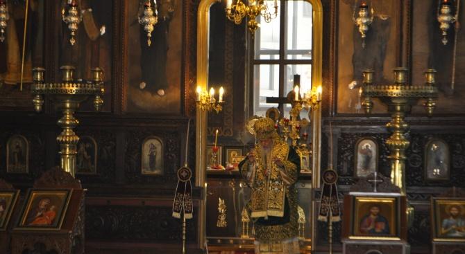 """Чудотворната икона """"Св. Богородица Касперовская"""" ще бъде донесена за поклонение в Бургас"""