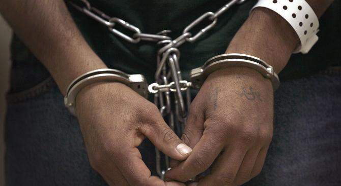 Полицейските власти във Валенсия са арестували 29-годишен мъж, обвинен в