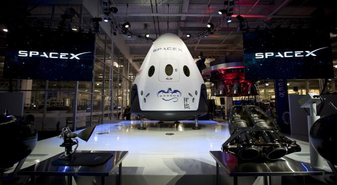 """""""Спейс екс"""" ще включи 42 000 спътника в своето съзвездие"""