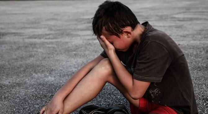 23-годишна наби четири деца в двора на училището в село Бенковски