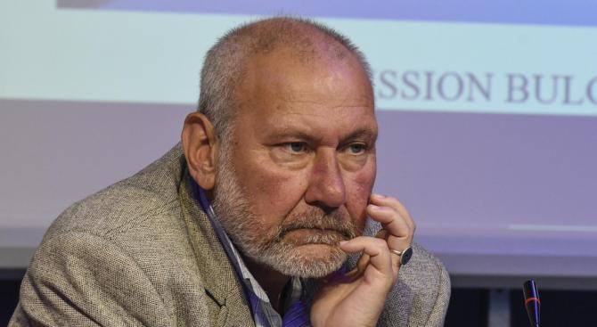 Проф. Николай Овчаров препоръчва смесената комисия между България и Северна