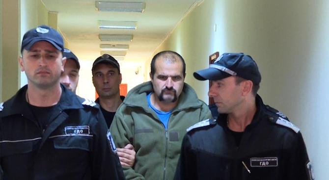 Задържаният за убийството на фелдшера от с. Орешник, остава в ареста