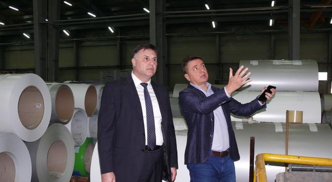 """""""Индустриалната зона на Плевен днес е в окаяно състояние, изоставена"""