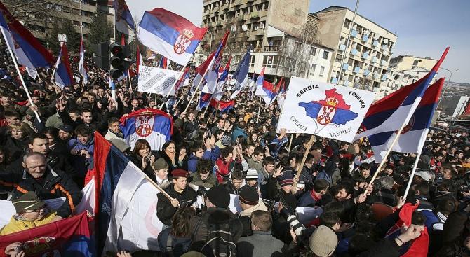 За гражданите на Сърбия косовският въпрос продължава да бъде много