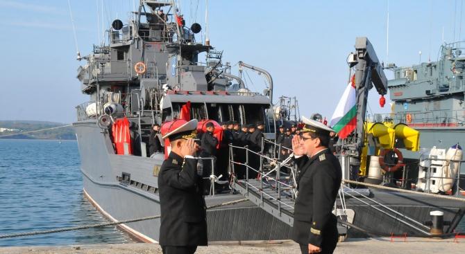 Бойни кораби от бургаската база заминават на учение на НАТО