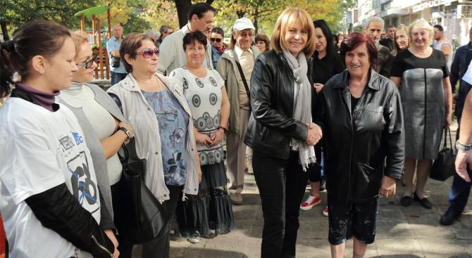"""Фандъкова: Подготвяме ремонта на бул. """"Ал. Стамболийски"""" заедно с трамвайното трасе"""