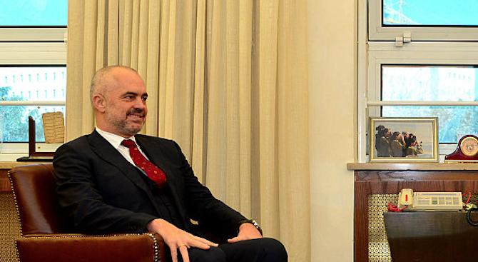 Албанският премиер възнамерява да продължи борбата за влизане в ЕС