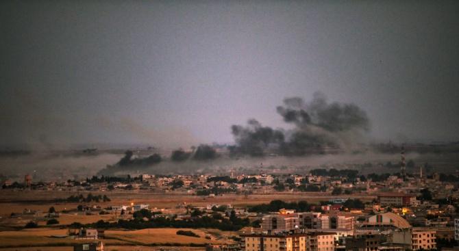 Командването на сирийските кюрди съобщи днес, че Турция не се