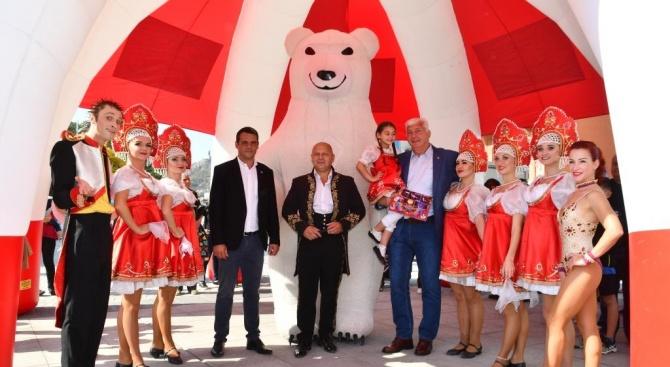 """С атрактивен флашмоб до Цар-Симеоновата градина собственикът на цирк """"Балкански"""""""