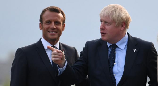 Френският президент Еманюел Макрон призова британския премиер Борис Джонсън днес
