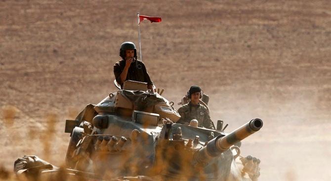 Турски войник е бил убит, а друг ранен в неделя
