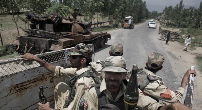Престрелка избухна между индийски и пакистански войници в спорния хималайски