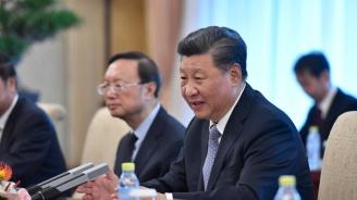 Китайският президент Си Цзинпин обеща железопътна линия и тунел между Непал и Китай