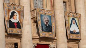 Кардинал Джон Хенри Нюман стана първият английски католически светец от векове