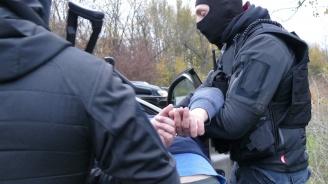 Спецакция в Бургас, задържаха шеф на охранителна фирма