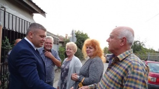 """Кандидатът за районен кмет в Пловдив Стоян Алексиев се срещна с жители на квартал """"Гаганица"""""""