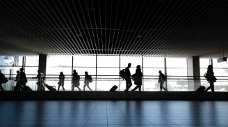 """Протести усложняват работата на летище """"Ел Прат"""" в Барселона и движението по пътищата в Каталуния"""