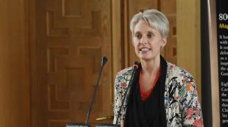 Външно привика британския посланик Ема Хопкинс