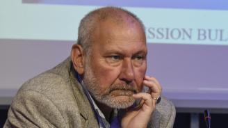 По-широка основа на комисията по исторически въпроси между България и Северна Македония препоръчва проф. Николай Овчаров
