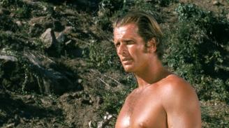 Синът на холивудски актьор, изиграл Тарзан, закла майка си