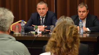 Иван Портних: Изграждаме индустриална зона на 8 дка край Аксаково