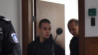 Обвиненият във футболно хулиганство: Близнакът ми беше на мача, не аз