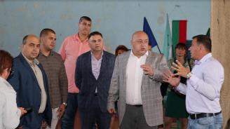 Министър Кралев проведе дискусия със спортната общественост в Плевен