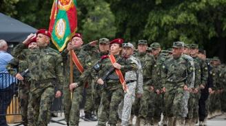 Проучване: Всички европейци обичат армиите си, освен българите