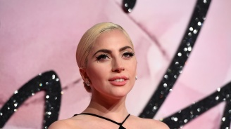 Лейди Гага се е разделила с приятеля си