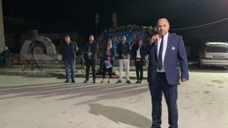 Кандидатът за кмет на Първомай Асен Кичуков обеща на жителите на Буково смяна на вътрешния водопровод, преасфалтиране на улици и селски туризъм