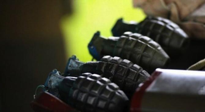 Военни иззеха невзривен боеприпас, открит край Пловдив