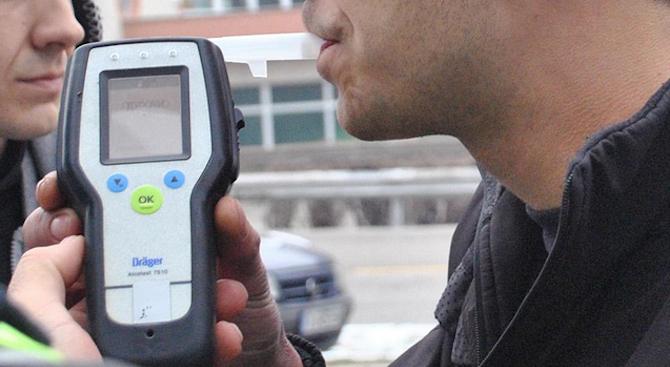 Мъж, шофирал с 3.04 промила алкохол, е задържан от полицията