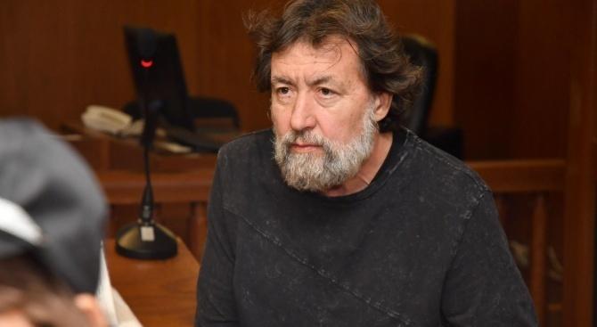 Николай Банев използвал незаконно вкарания в затвора мобилен телефон, за