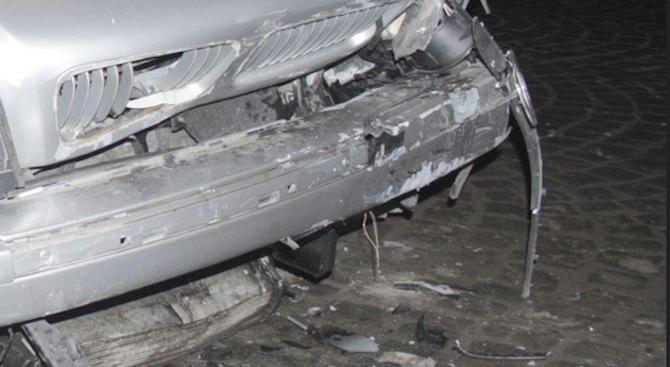 23-годишна жена се е блъснала с лек автомобил в три