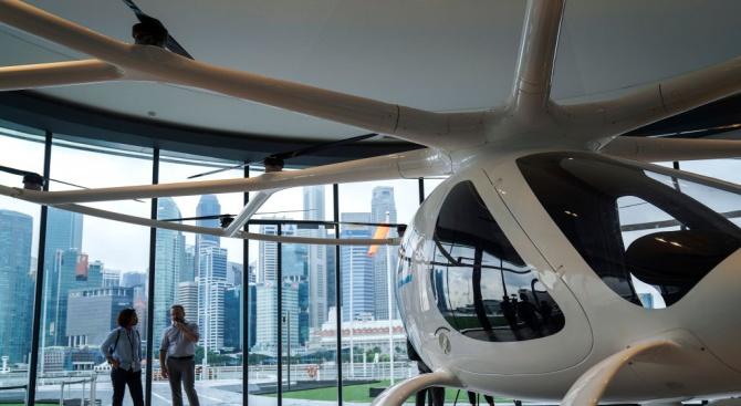 Първи тест на полет на летящо такси в градска среда