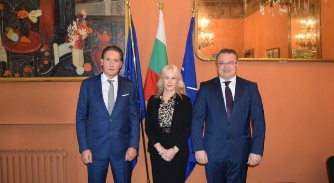 Председателят на КРИБ Кирил Домусчиев се срещна днес в Рим