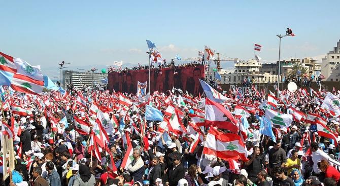 Ливанците отново протестираха днес, за шести пореден ден, въпреки че