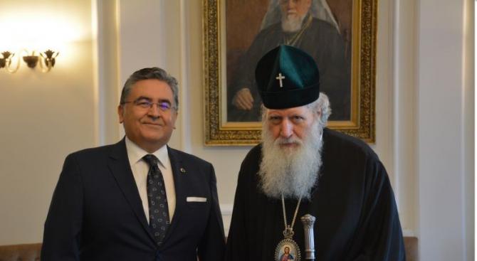 Преди да замине за родината си, досегашният посланик на Турция